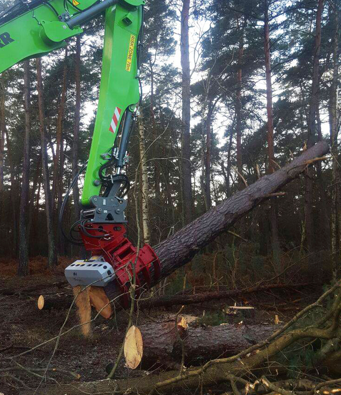 Felling grapples & grapple saws Australia | Forest Centre