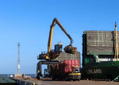 Steelyard port loading